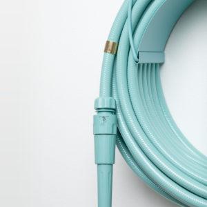 tuyau d'arrosage turquoise